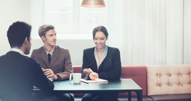 Tipps für den ersten Arbeitstag im neuen Job